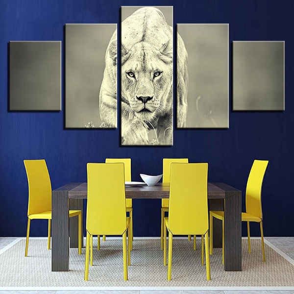 Lioness Black and White wall decor